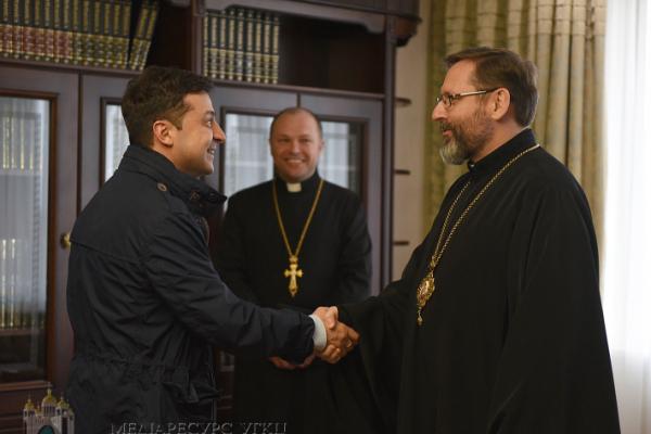 Стало відомо як святкуватимуть Великдень українці