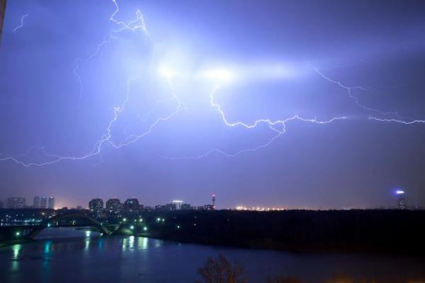 У більшості областей України в четвер очікується погіршення погодних умов