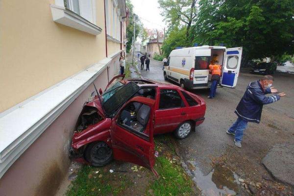 На вихідних у Чернівцях сталася ДТП з потерпілими