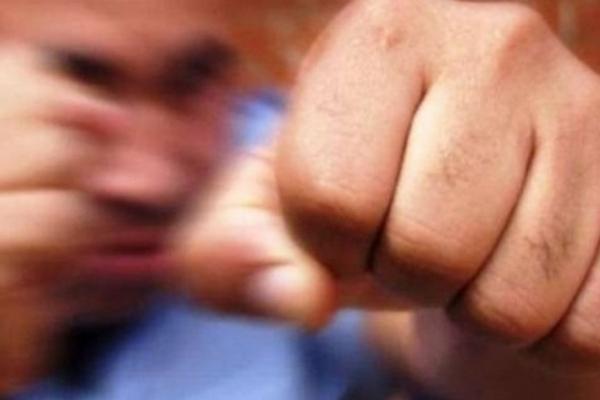 На Буковині хлопець жорстоко побив товариша в нічному клубі