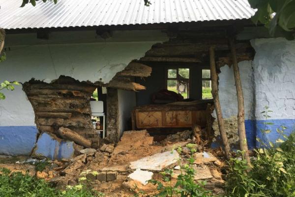 Вибух на Буковині: господаря будинку діставали з-під уламків (ФОТОФАКТ)