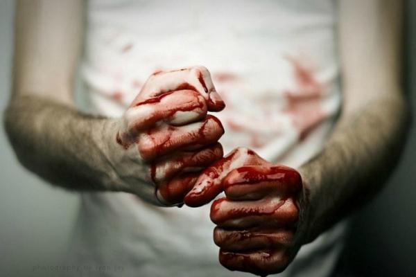 У Чернівцях чоловік побив батька. Постраждалий у комі