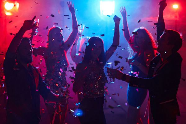 У Чернівцях дозволили роботу закладів культури та нічних клубів