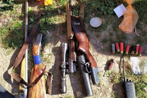 Буковинець зберігав у себе вдома арсенал боєприпасів