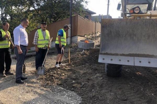 Стало відомо, коли завершать капітальний ремонт вулиц Кармелюка у Чернівцях