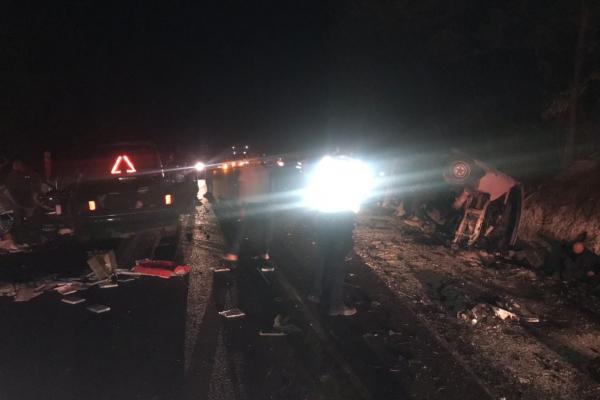 Жахлива аварія на Буковині: 12 постраждалих та одна загибла (фото)