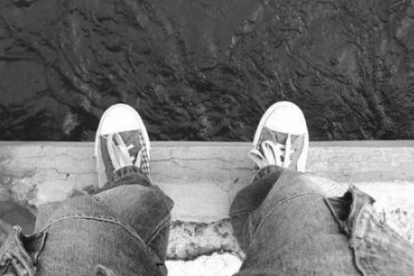 У Чернівцях юнак намагався стрибнути з мосту