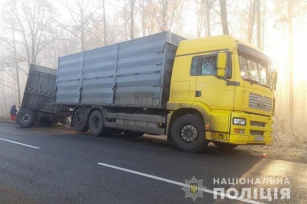 У ДТП на Буковині загинув поліцейський
