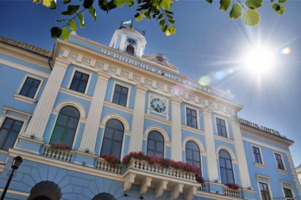Депутати зберуться на продовження сесії Чернівецької міської ради 15 квітня