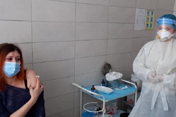 На Буковині кожен охочий може зареєструватись на вакцинацію від COVID-19