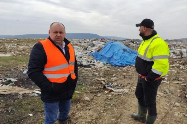 На полігоні поблизу Чорнівки не вистачає місця для утилізації побутових відходів