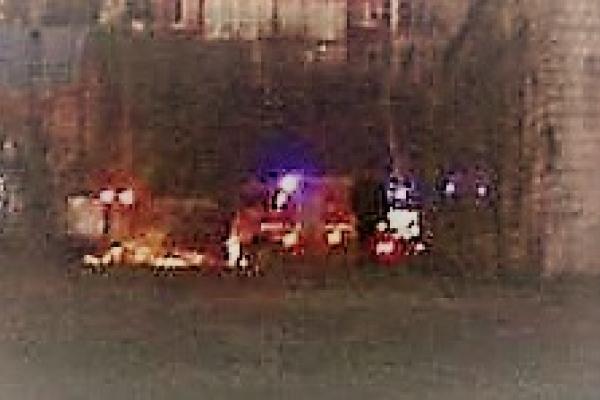Виникла пожежа у колишньому тролейбусному депо на Проспекті, палає пагорб на Роші (ФОТО)