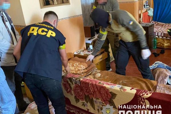 Трьох в'язнів виправної колонії на Буковині судитимуть за наркотики та поширення злочинного впливу