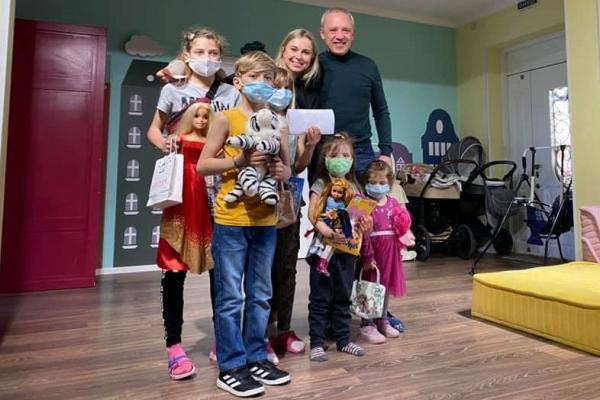 Мер Чернівців Роман Клічук віддав свою зарплатню діткам з