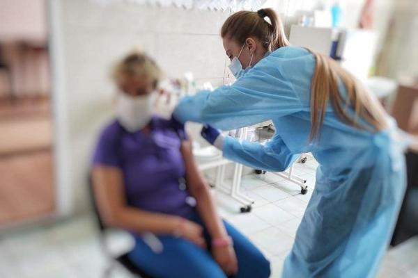 Минулої доби на Буковині вакцинували понад 600 осіб