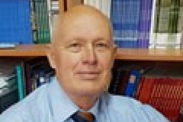 Не стало видатного мовознавця і дипломата з Чернівців Валерія Михайленка