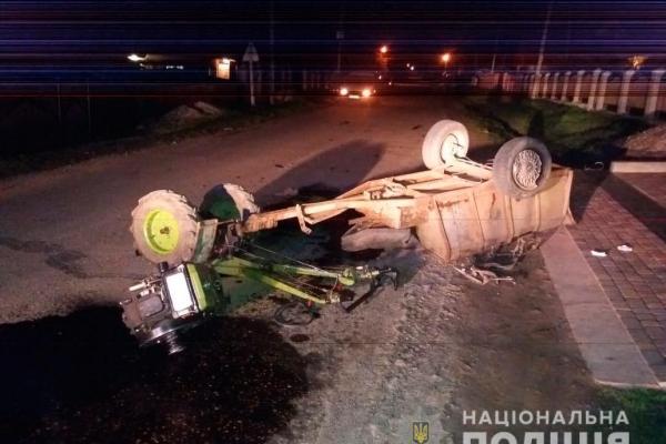 У зіткненні автівки та мотоблока в селі Рокитному на Буковині загинула людина