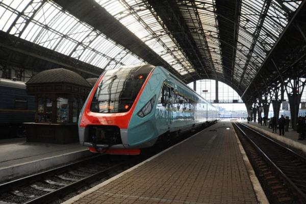 З 23 квітня відновлюється рух потягів сполученням Чернівці-Львів