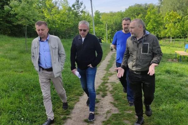 Мер Роман Клічук пообіцяв підняти болючі для парків питання на сесіях Чернівецької міськради