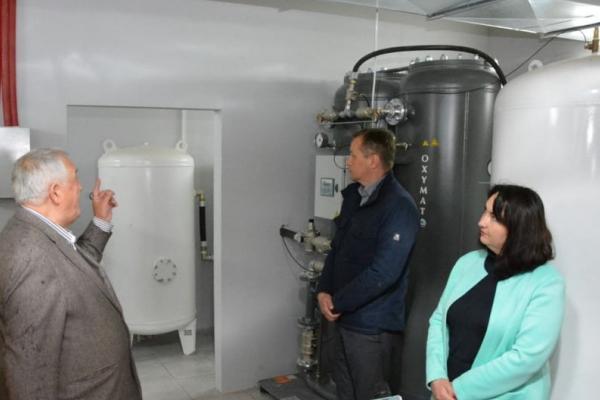 У першій міській лікарні Чернівців відкрили кисневу станцію