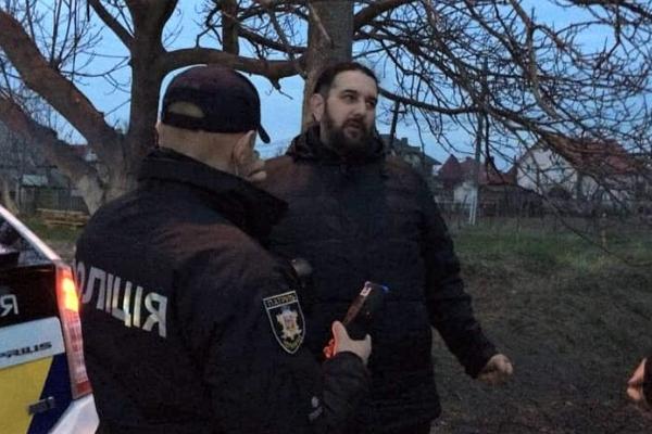 Священника з Буковини, який керував автомобілем напідпитку, позбавили водійських прав на рік