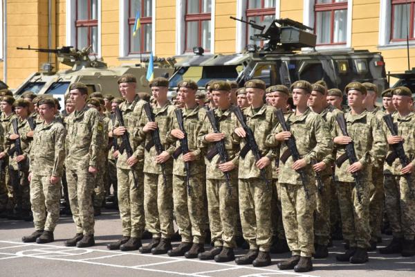 Буковинців запрошують на навчання у військовому коледжі Львова