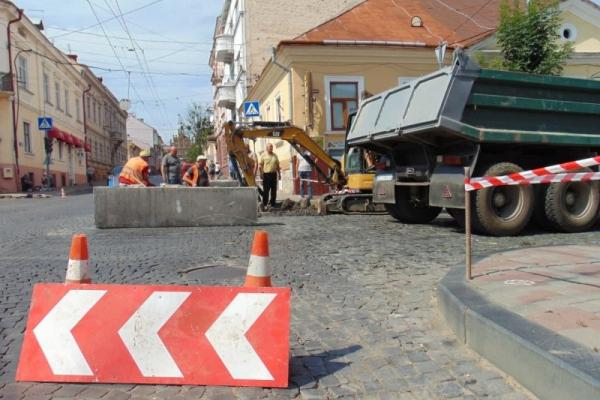 Водоканал модернізує мережі у центрі Чернівців