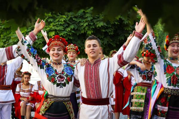 Польські та румунські колективи відвідують громади Буковини у рамках міжнародного фестивалю