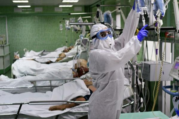 У чернівецькій лікарні - жахливі звуки стогону, дихальної апаратури і плачу родичів